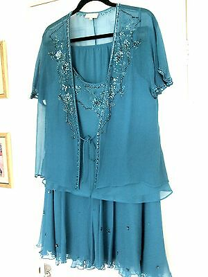 Beautiful Country Casuals Silk Three Piece - Top/jacket  & Skirt Size 18/l