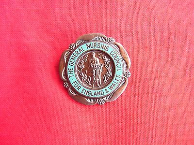 """A Vintage Enamel Pin Badge """"the General Nursing Council"""" For England & Wales"""