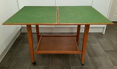 Retro Card Table Gaming Table Dominoes Table Easy Table
