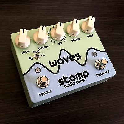 Stomp Audio Labs  - Waves Tap Tempo Optical Tremolo Guitar Pedal
