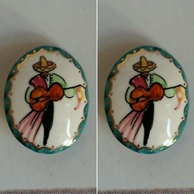 Vintage 1980's Oval Porcelain Mexican Guitar Player Brooch/Pin.