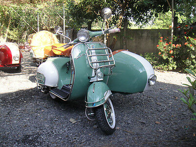 ITALIAN VESPA STANDARD VBB 150cc 1961's  FULLY RESTORED FREE SHIPPING GREEN & WH