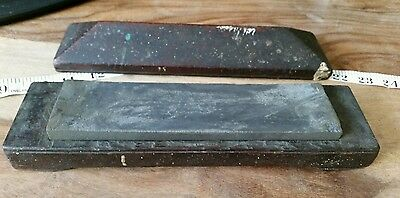 Vintage natural  oil honing / sharpening stone with box,
