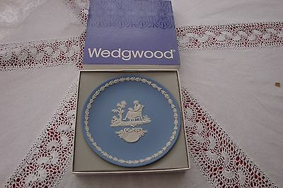 Wedgwood blue jasper mothers day plate 1977