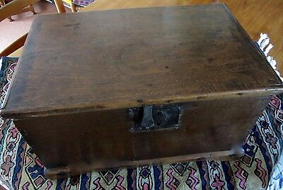 18th century highly collectable, antique Oak & Elm chest. Dovetailed.