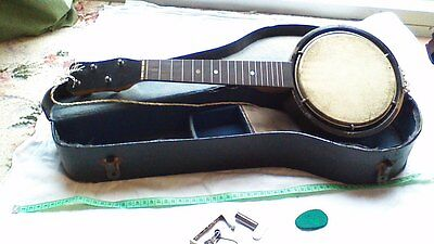 vintage banjo or banjolele in carry case for TLC or spares and repairs