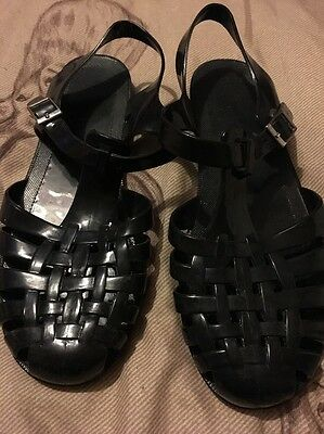 Black Flat Shoes In Size UK 6 From Select
