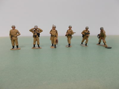 Timpo SOLID Figures 6 X 1st Series- Plastic GERMAN INFANTRY EXC. USED condition.