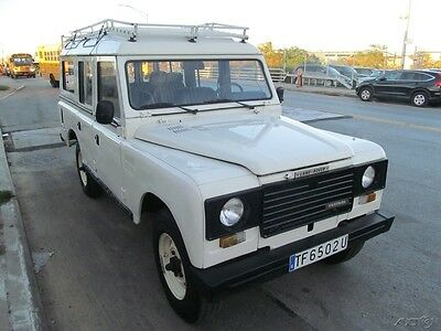 1985 Land Rover Defender LOW MILES!!!!!! CLEAN TITLE!!! 1985 LAND ROVER DEFENDER SANTANA 109, 110, D90 CLEAN TITLE