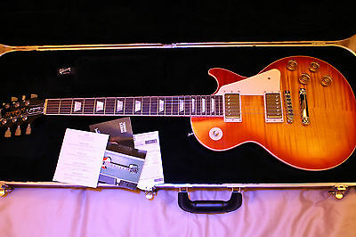 Gibson 2015 Les Paul Standard Electric Guitar - Heritage Cherry Sunburst