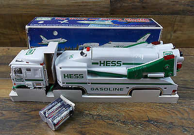 1999 Hess Toy Truck & Space Shuttle/satellite Real Head And Tail Lights Nib