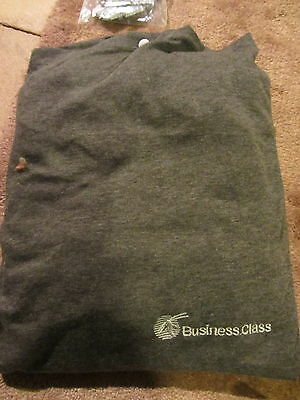 Qatar Airways Brand New Business Class Sleeep Suit Medium/small Mint New