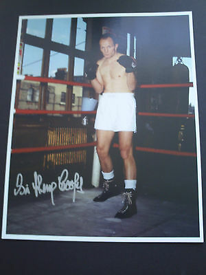 Henry Cooper Genuine Signed 10X8 Photograph