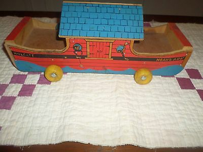 Old Holgate Noah's Ark Pull Toy Great Colors