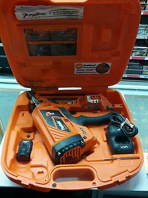 Paslode IMLi325i Li-ion 30* Cordless Framing Nailer in Case AS-IS Parts or repai