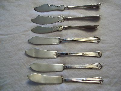 Vintage lot of 7 silver plate butter knives