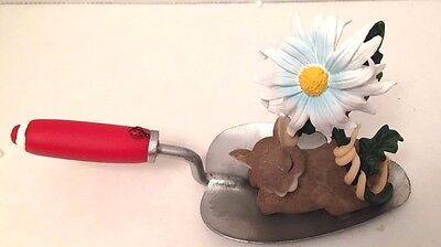 Members Only Charming Tails DREAM Help us Grow Leaf & Acorn Club Shovel Flower