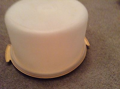 Tupperware Cake Taker Container Round Large Vintage Yellow