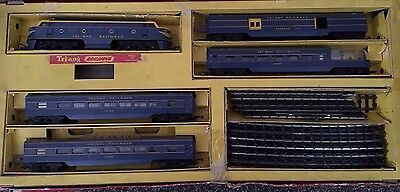 Triang RS14 00 Gauge Electric Model Railroad..