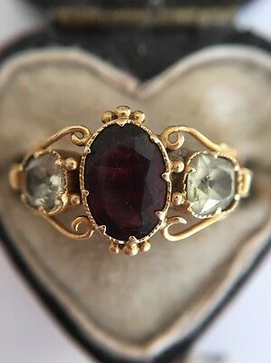 Victorian Antique 18ct Yellow Gold Ornate Chrysoberyl And Garnet 3 Stone Ring