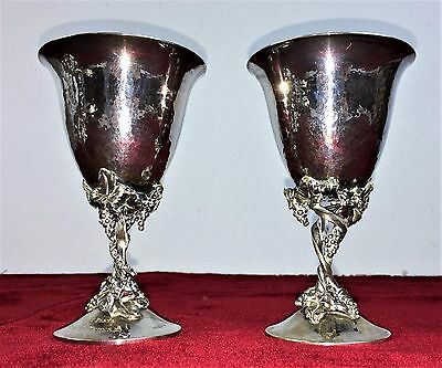 Pair Of Wine Glasses. Silver Chiseled. Punched. Armengol. 800. Spain. 1952