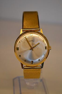 18k EBERHARD & Co.  Mens Wristwatch 18K Case & 18k Band  SOLID AND HEAVY!!!
