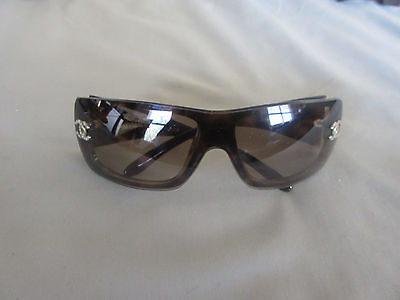 Women's Chanel Sunglasses Made In Italy