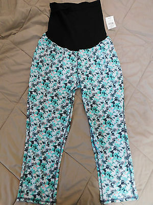 NWT Maternity Oh Baby by Motherhood™ Performance Workout Capri pants L Large