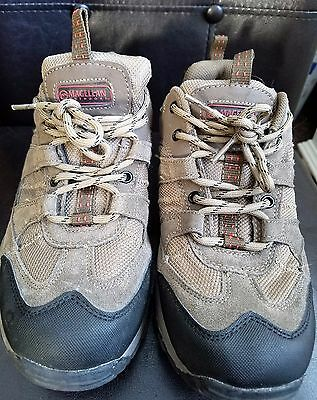 MAGELLAN SUEDE  Hikers Hiking Shoes Mens Size 8
