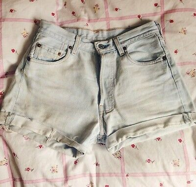 Vintage Levi Shorts Hot pants 6 8 XS S Urban Outfitters 80s 90s