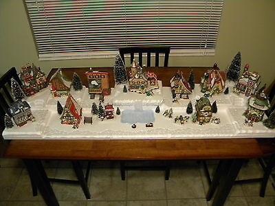Village Display Base Platform Dept 56-Lemax  WATERFALL TOWN CENTER x-large
