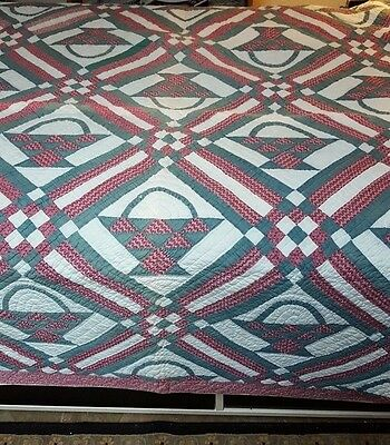 Gorgeous Antique Basket Quilt