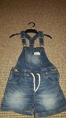 Girls dungarees age 5