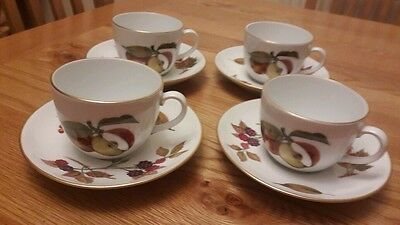 4 Royal Worcester Evesham gold tea cups and saucers