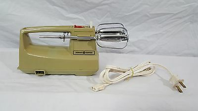 Vintage GE Electric Hand Mixer Avacado Green Model D1M24 With Beaters Working
