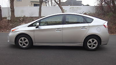 2013 Toyota Prius Three III 2013 Toyota Prius Three 25,235 Miles NAV BACKUP CAMERA APPS KEYLESS TO GO CLEAN