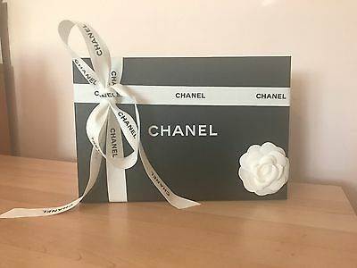 Autentic Empty Chanel Gift Box With The Camellia �� Tissue Paper And ��