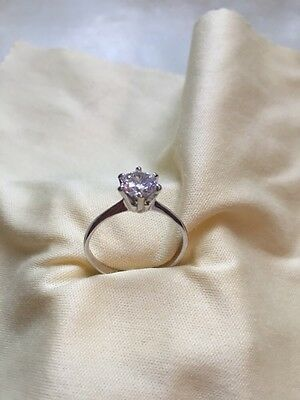 1.5ct Excellent Created Diamond White Gold 18k Engagement Ring Size Q