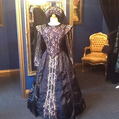 Stunning Elizabethan Style Theatrical Dress, Beautiful Dress, Top Item!