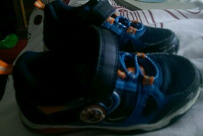 Boy's Trainers size 7 blue