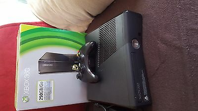x box 360 250gb with 14 games