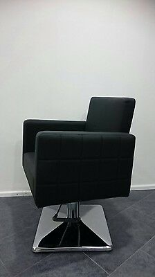 4 X Hairdressing Chairs, Styling Chairs, Hydraulic Chairs, Hair Salon Furniture