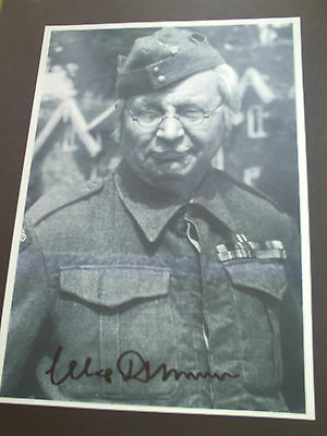 Clive Dunn Dads Army Genuine Signed A4 Photograph