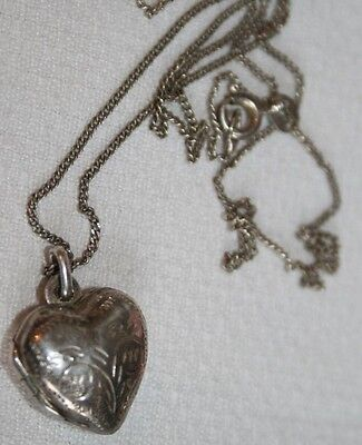 Vintage Antique Solid Silver Love Heart Locket & Silver Chain Jewellery Gift Old