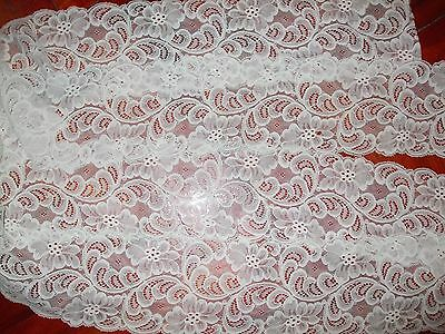 Beautiful Vintage Tulle Lace 138.4""