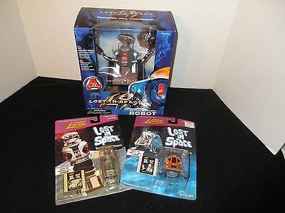 Lost in Space Battle Ravaged Robot + 2 Johnny Lightning Figures, New In Package!