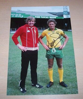 Ted MacDougall - Norwich City Signed 12x8 Photo - PROOF