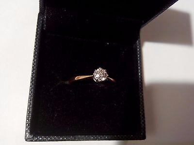 0.5ct round diamond solitaire ring, clarity VS1, color H,  9ct gold