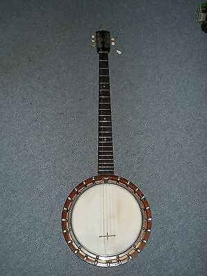 ZITHER BANJO. No makers name but a well made instrument, possibly American.