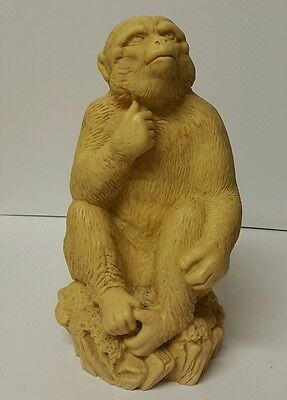 Large Vintage Sitting MONKEY Beige  Resin Figurine Ornament Decorativ - H: 18 cm